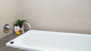 como limpiar la bañera
