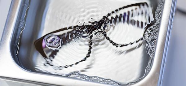 como limpiar tus gafas