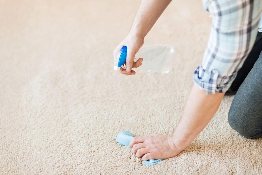 como limpiar la alfombra con remedios naturales